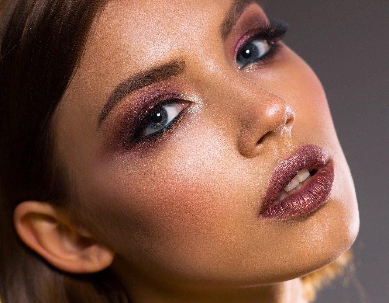 Baza pod makijaż – czy warto?