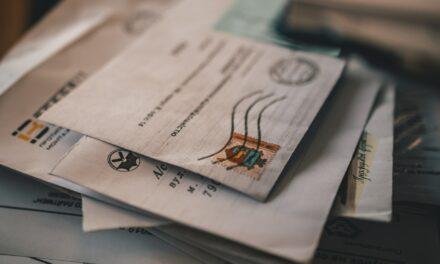 Skrzynki na listy lokatorskie posegregują pocztę